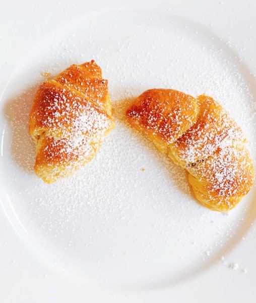 How To Make Chocolate Croissants In Air Fryer